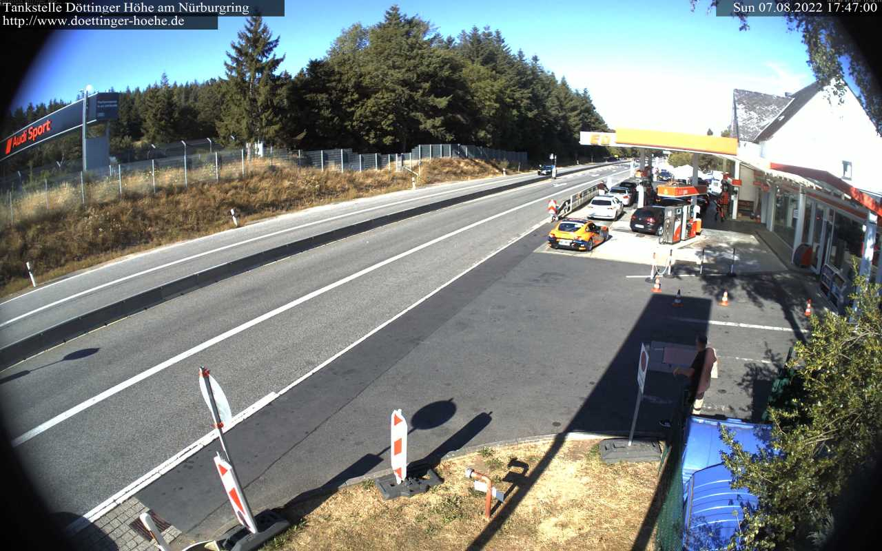 WebCam gas station Döttinger Höhe